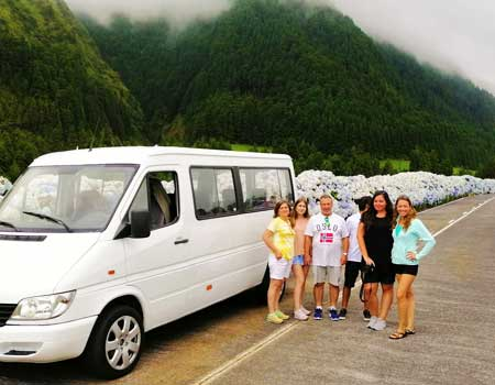 Private Van – Private Tour up to 8 passengers